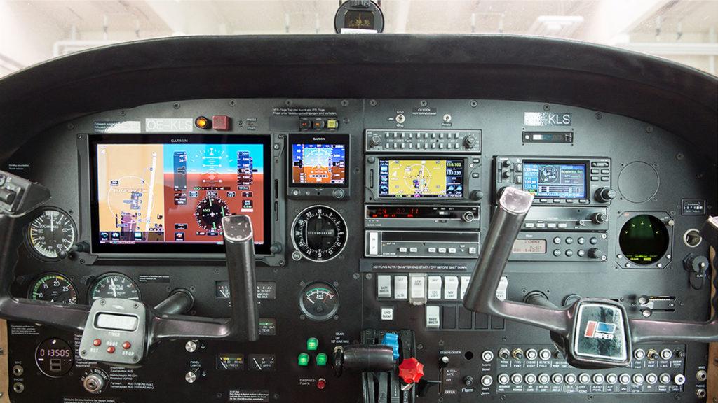 OE KLS 01 Avionik Plus Avionik Plus Flugfunkservice GmbH